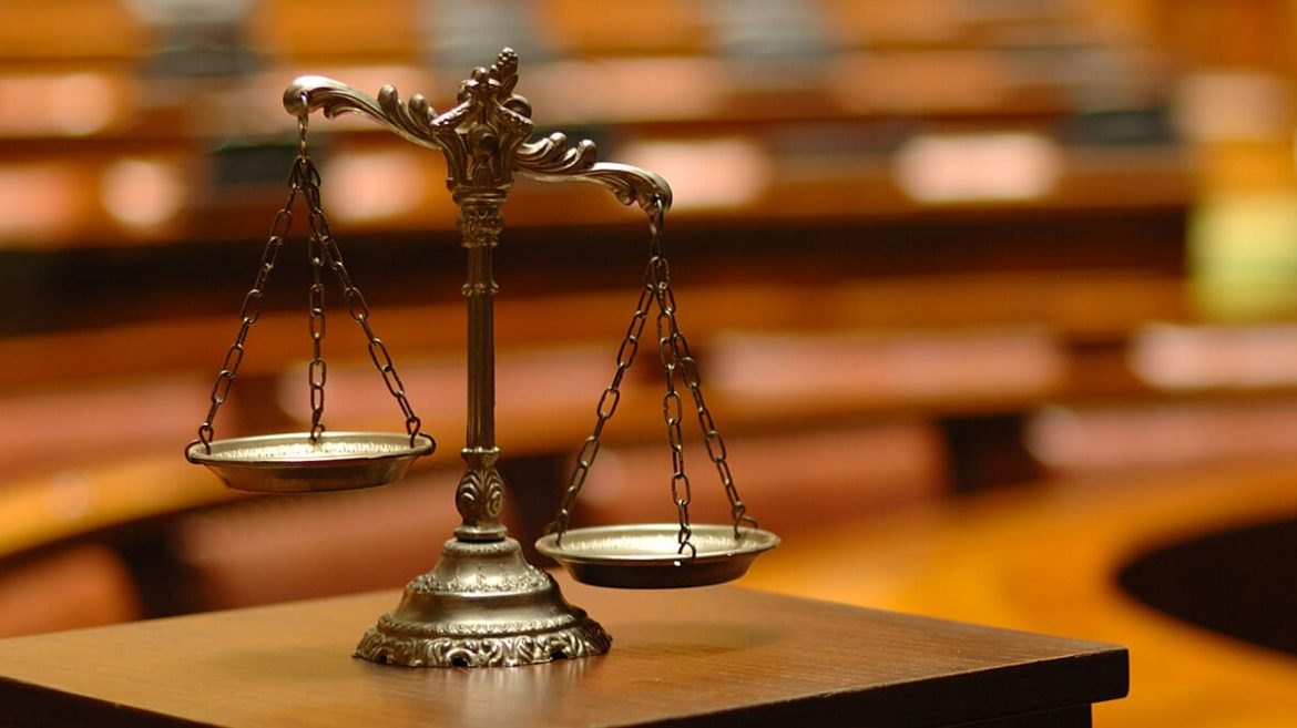 Consult the best lawyer for your criminal charges