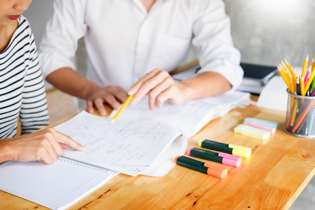 Offline tutoring for students in person