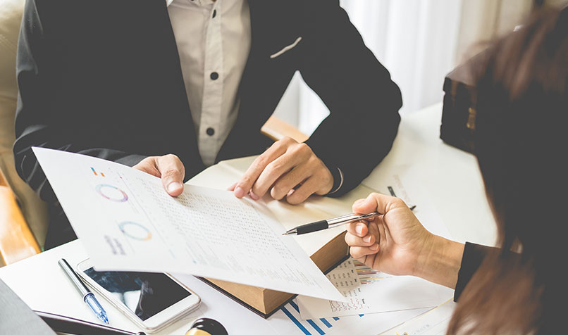 Reasons Why a Firm May Have to Use An Accountant